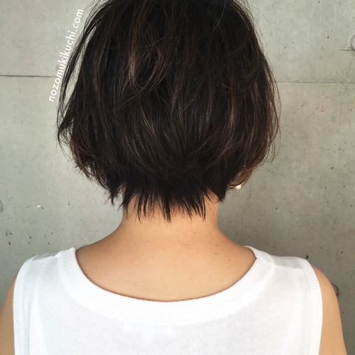 横浜美容室ラムデリカ.キクチのハイライトカラーショートボブ