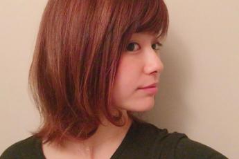 秋のヘアカラーは楽しんでますか?ベリピにカラーリング♪ベリピってどんな色?|美容院の最新記事