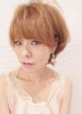 若く見える髪型と髪色 夏色ハイトーンショート☆