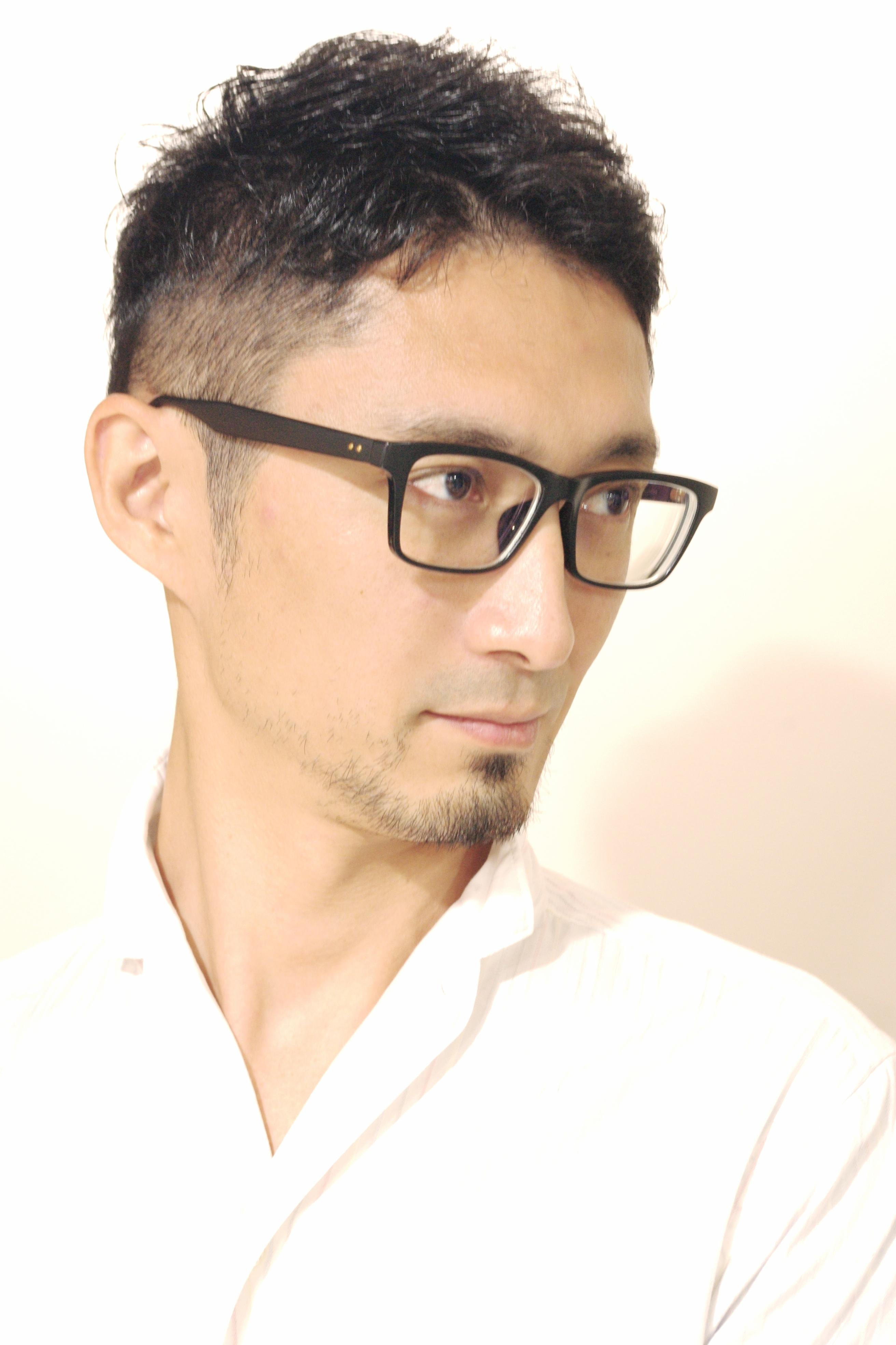 2019年夏メガネに似合う髪型】メンズショートヘア10選|メンズ