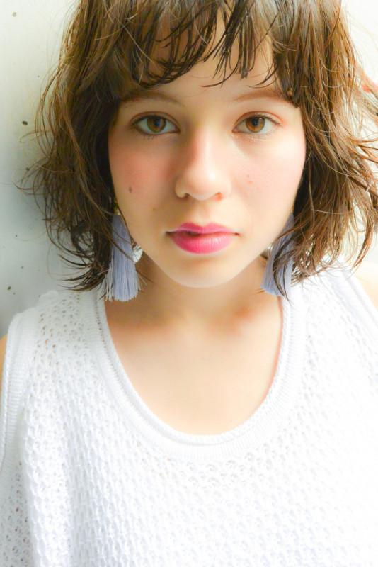 小顔 髪型