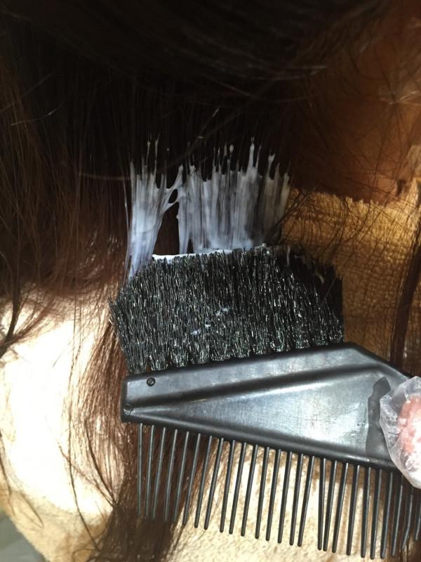縮毛矯正の種類を徹底解説!くせ毛の悩みはこれで解消♪【2020年度版】