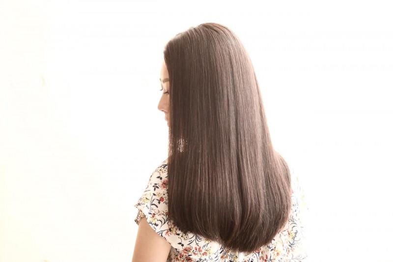 髪の毛を早く伸ばす方法とは?目指すはキレイなロングヘア!