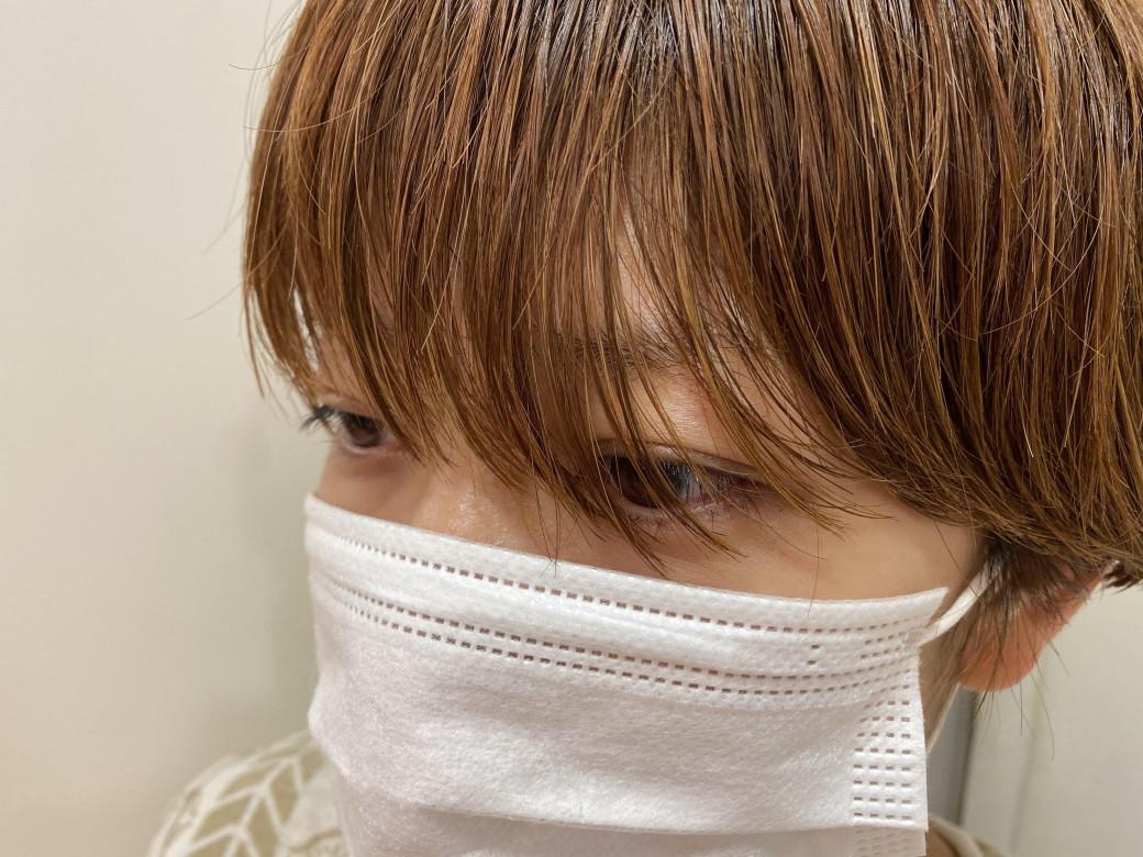 湿気 マスク 前髪