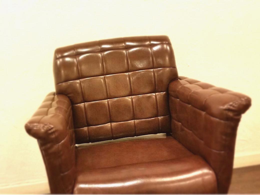 疲れないソファータイプのセット椅子♪納得のいくまで何分何十分でもカウンセリングします!