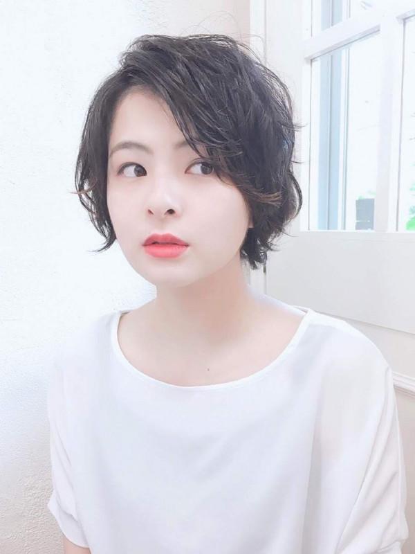 【くせ毛×ショートヘア】30代におすすめの髪型