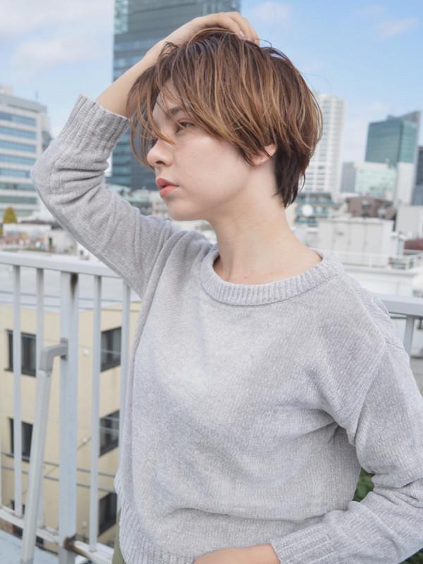 美容室NATSUYAのヘアカタログ